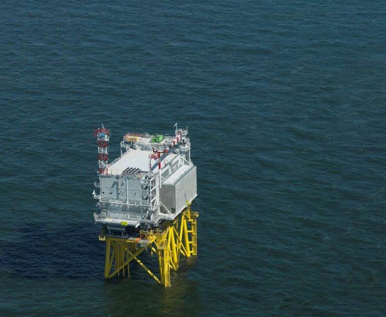 3,650-tonne power socket ready for sea voyage to Borssele wind energy area