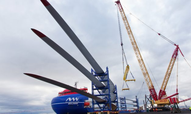 Triton Knoll marks series of project 'firsts' as blades arrive at Seaton Port